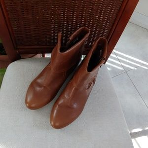Chinese Laundry NEW LEATHER BOOTIES 7.5M